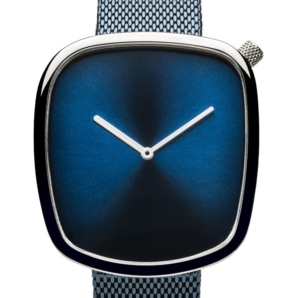Bering Unisex Uhr Classic Blau Glänzend 18040-307