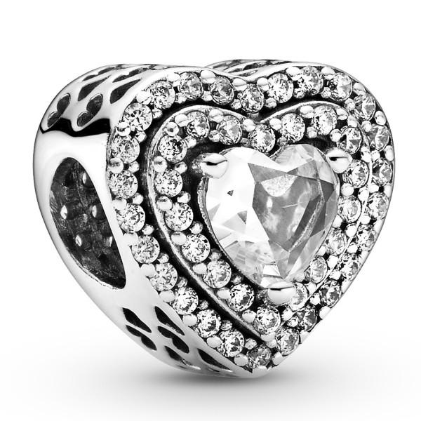 Funkelndes erhabenes Herz PANDORA Charm 799218C01